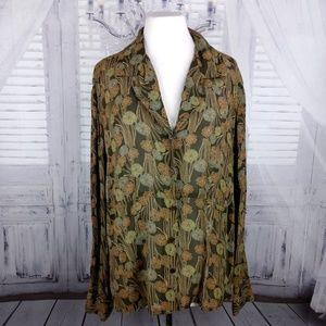 Liz Claiborne blouse size 18. M174
